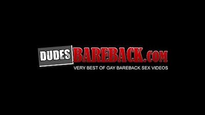 Black butt muncher spreads ass for hardcore barebacking