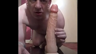 bisexual guy wants to ride cock balls deep if your cock is as big as this cock