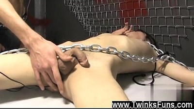 Gay sex Roxy loves every minute of this stellar bondage